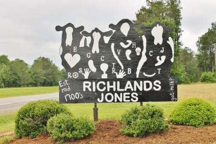 Richlands sign